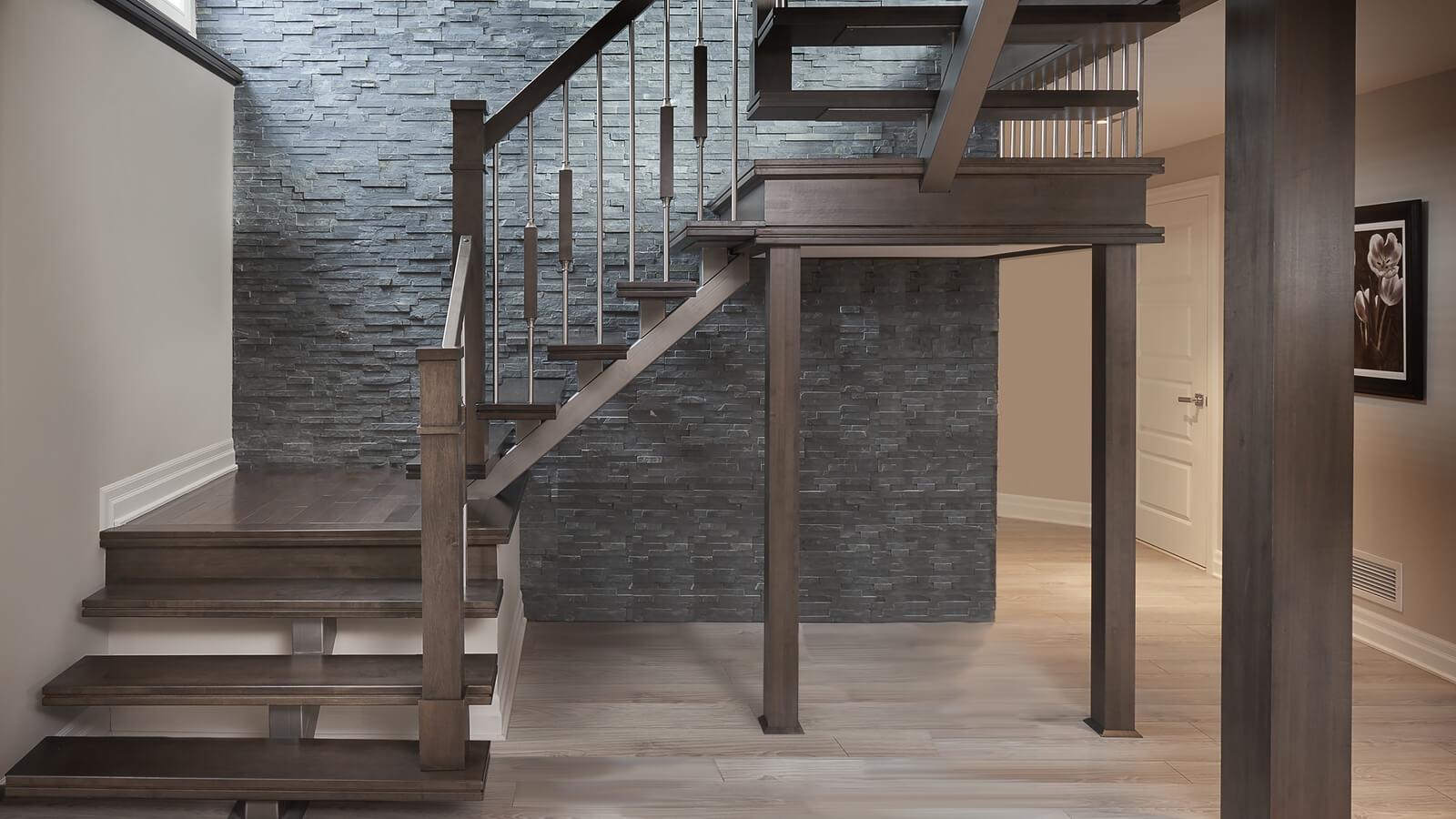 Изготовление и монтаж лестниц из дерева (фото лестницы)