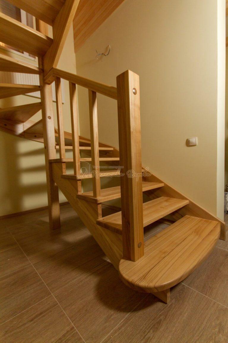Фото 5 лестницы из ясеня без подступенек
