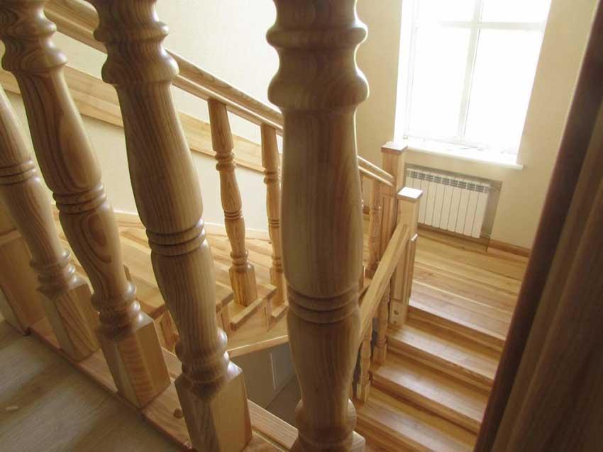 Деревянные лестницы в Киеве (фото лестницы)