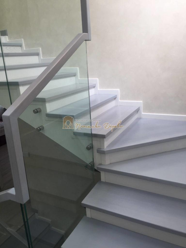 Фото 11 комбинированной лестницы