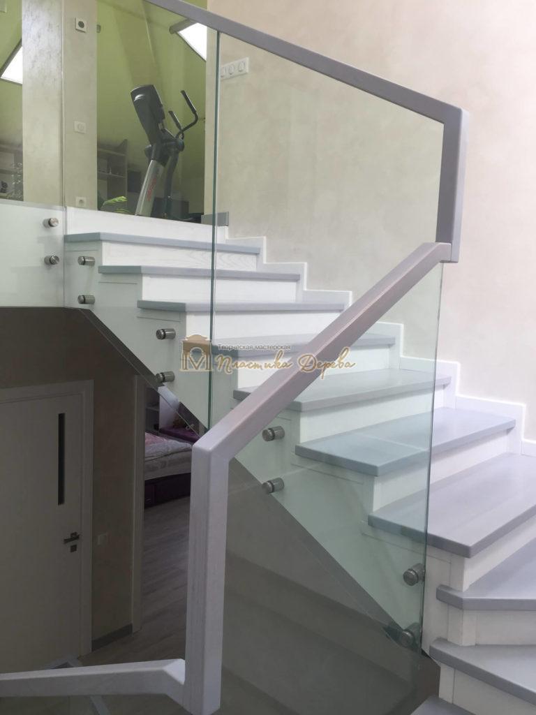 Фото 12 комбинированной лестницы