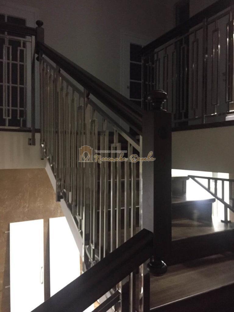 Фото 1 лестницы со стальными элементами