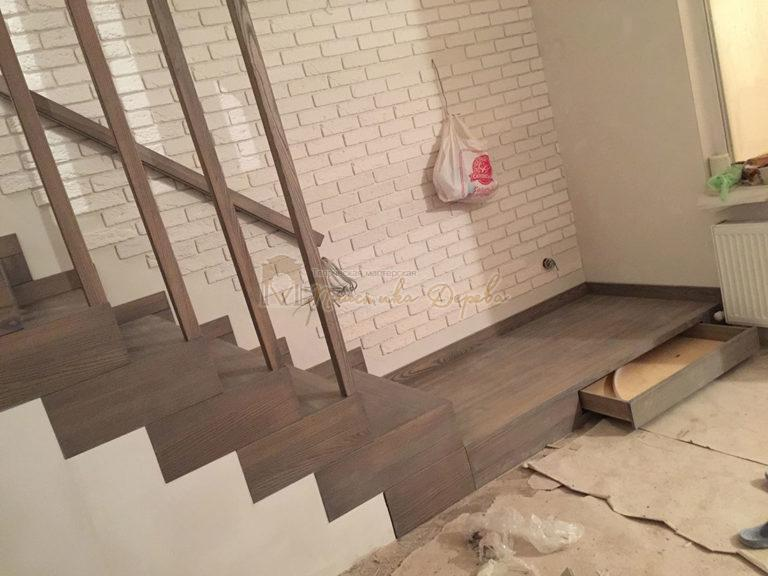 Лестница со ступеньками без свеса (фото 4)