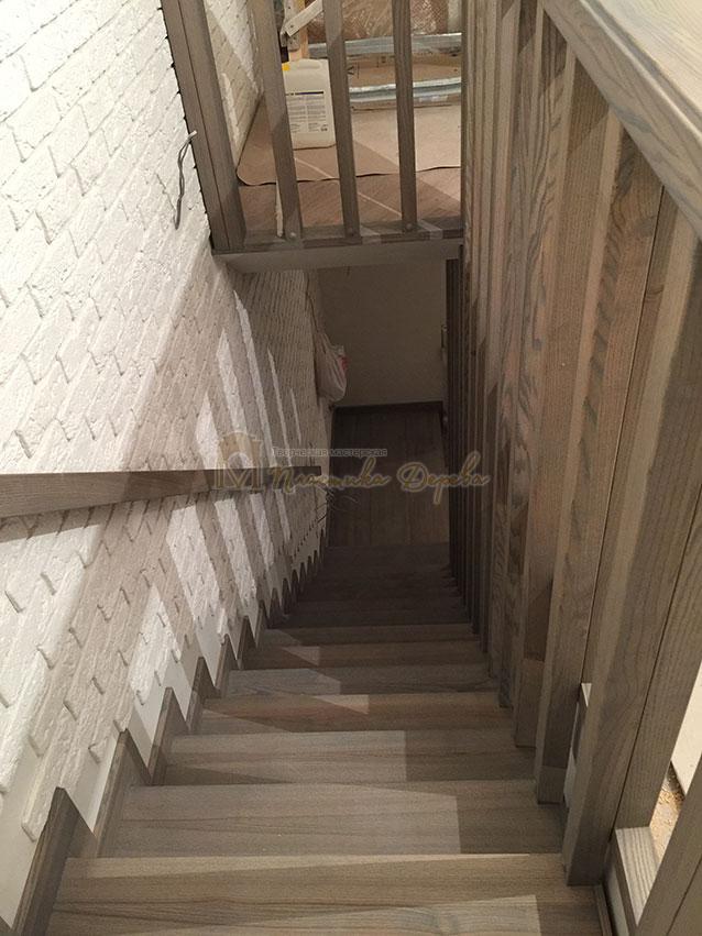 Лестница со ступеньками без свеса (фото 6)
