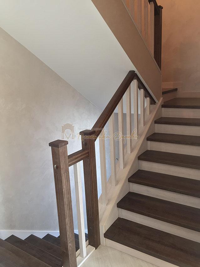 Облицовка лестницы ясенем (фото 7)