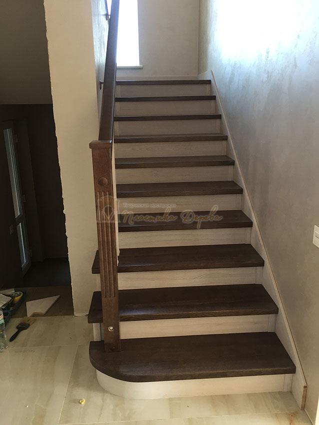 Облицовка лестницы ясенем (фото 13)