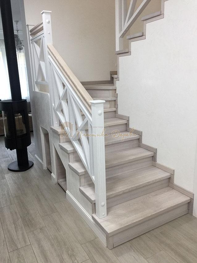 Лестница в стиле прованс (фото 8)