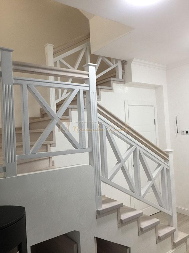 Лестница в стиле прованс (фото 3)