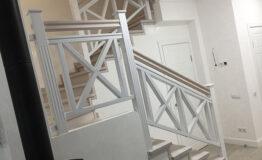 Лестница в стиле прованс (превью)
