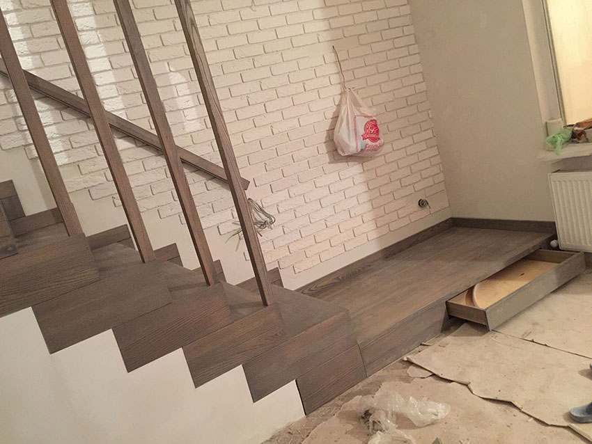 Лестница в загородном доме (фото)