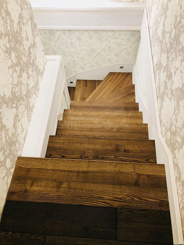 Обшивка металлических конструкций лестницы деревом (фото 3)