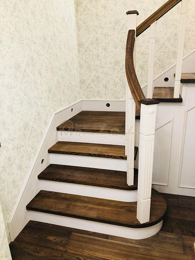 Обшивка металлических конструкций лестницы деревом (фото 6)
