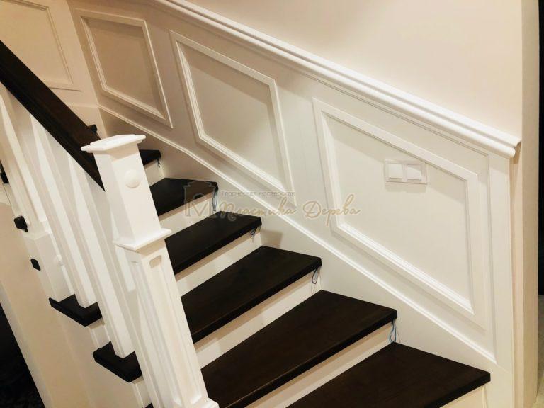 Лестница с декоративными панелями (фото 4)