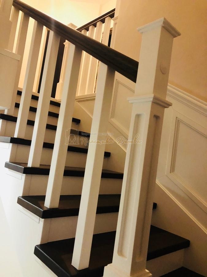 Лестница с декоративными панелями (фото 8)