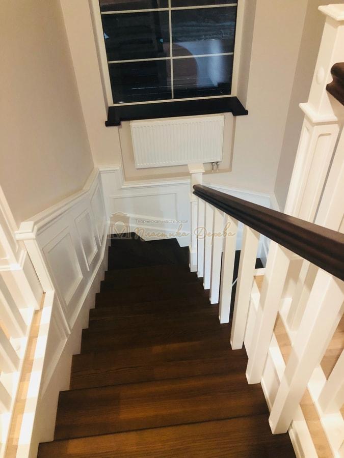 Лестница с декоративными панелями (фото 13)