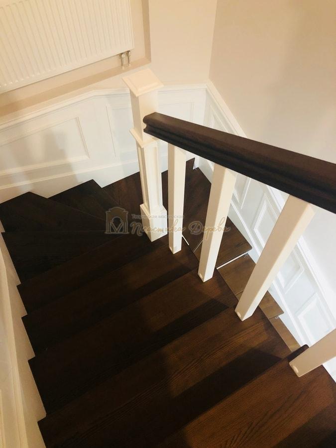 Лестница с декоративными панелями (фото 14)
