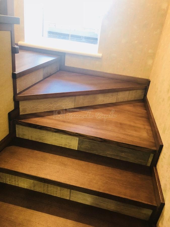 Обшивка бетонной лестницы деревом - Лесники (фото 2)