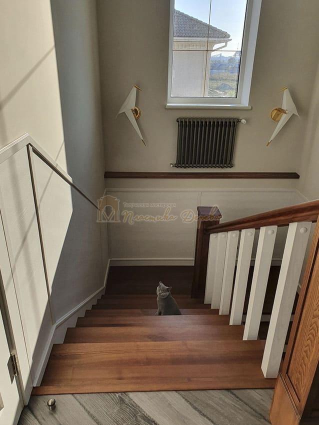 Лестница из дерева «Аннэт» (фото 1)